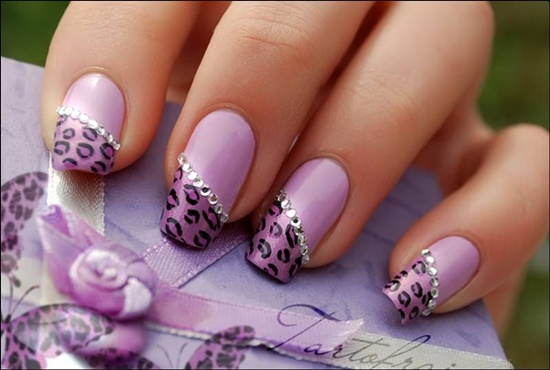 You will find that a lot easier than the way it looks on the pictures. As  you keep working nail by nail the leopard like spots will start to take  shape and ... - 30 Cool Leopard Nail Art Designs To Try
