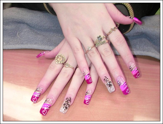 25 beautiful examples of spring nail art designs what can we say about nail art in spring when nature itself uses the world around us to paint an exotic and lovely picture using every element as a canvas prinsesfo Image collections