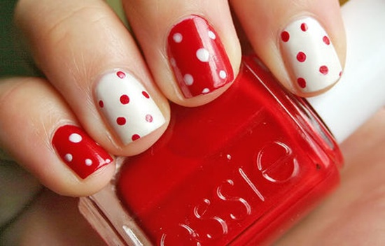 red nail art (16) - 40 Classic Red Nail Art Designs