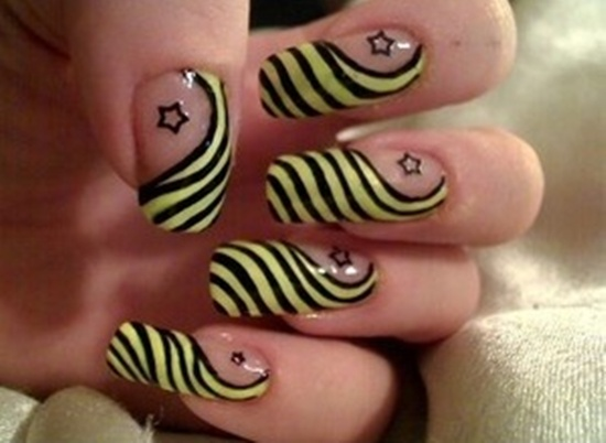 yellow nail art (17) - 40 Yellow Nail Art Ideas To Try On