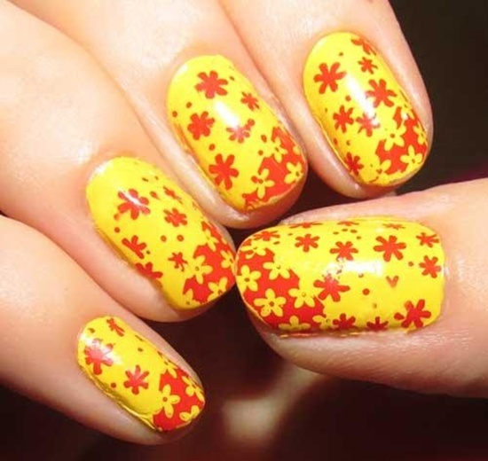 40 yellow nail art ideas to try on yellow nail art 34 prinsesfo Gallery
