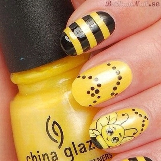 yellow nail art (7) - 40 Yellow Nail Art Ideas To Try On