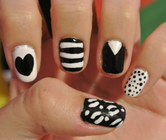 short nail art (31) - 101 Beautiful Short Nail Art Ideas