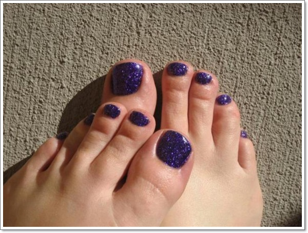 purple-glitter-and-maniq-rock-star-toes-nail-art-gallery-63584