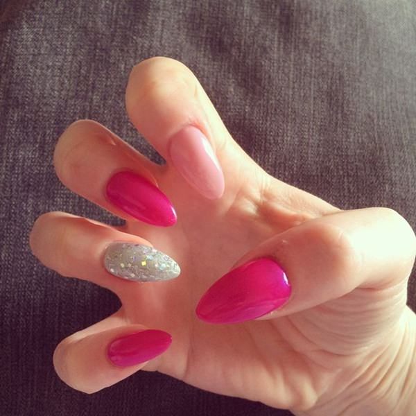 almond nails 12
