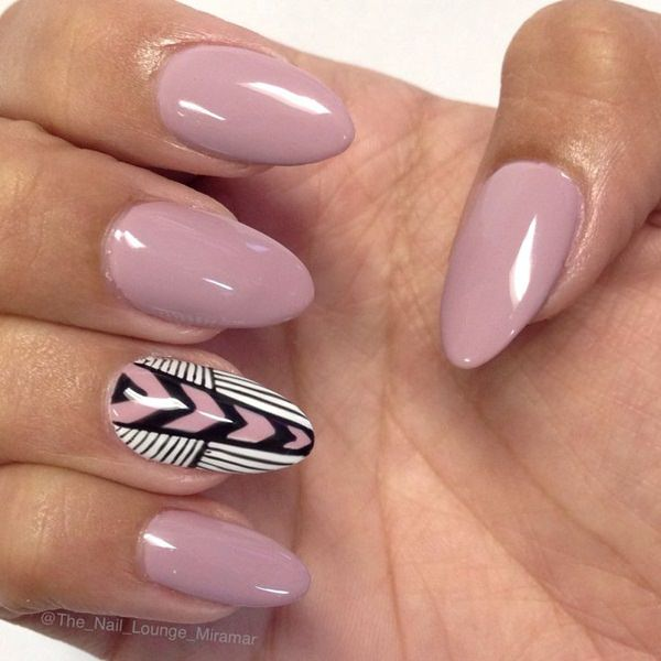 almond nails 4