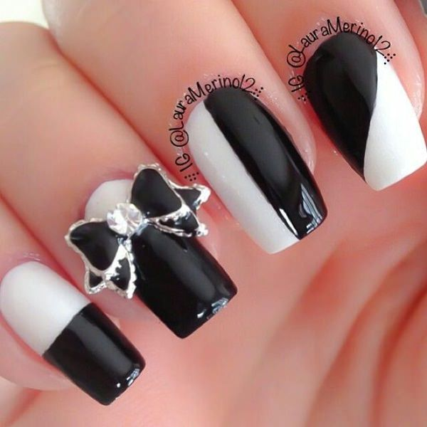 50 incredible black and white nail designs black and white nail designs 12 prinsesfo Choice Image