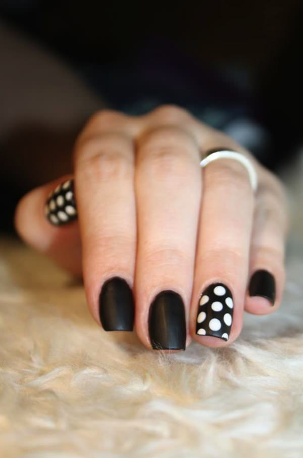black and white nail designs 2 - 50 Incredible Black And White Nail Designs