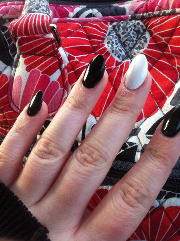black and white nail designs 27