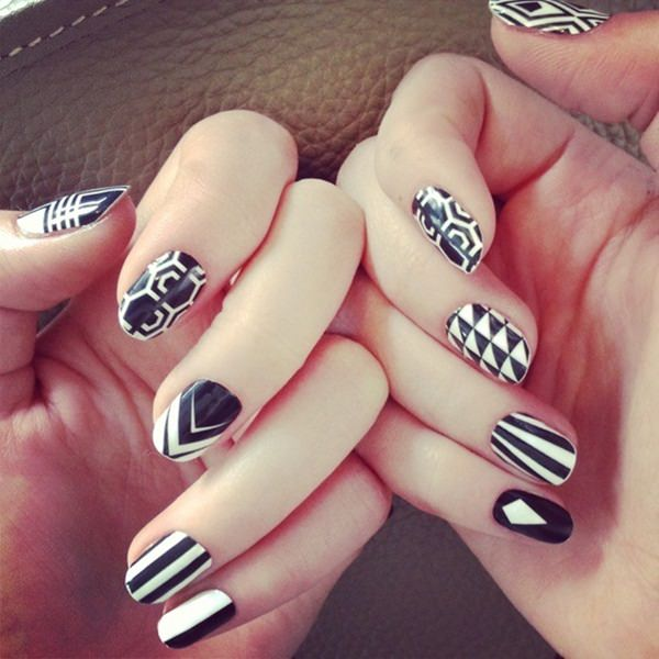 black and white nail designs 37 - 50 Incredible Black And White Nail Designs