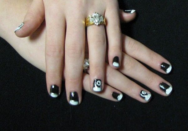 black and white nail designs 39