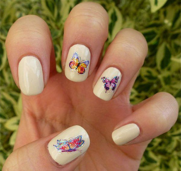 35040516-butterfly-nails