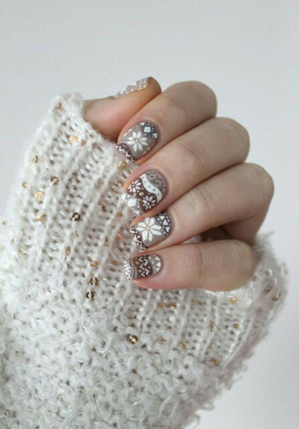 77 magical photos of festive christmas nails you will love christmas nail art 10 prinsesfo Image collections
