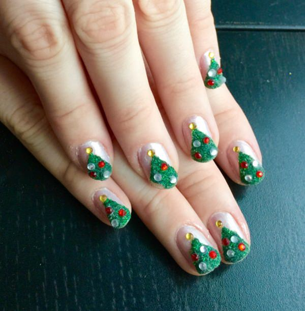 christmas-nail-art-38 - 77 Magical Photos Of Festive Christmas Nails (You Will LOVE)