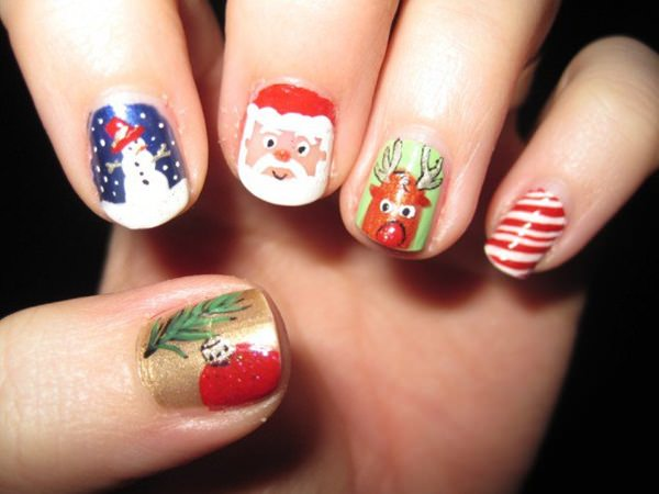 77 magical photos of festive christmas nails you will love christmas nail art 61 prinsesfo Choice Image