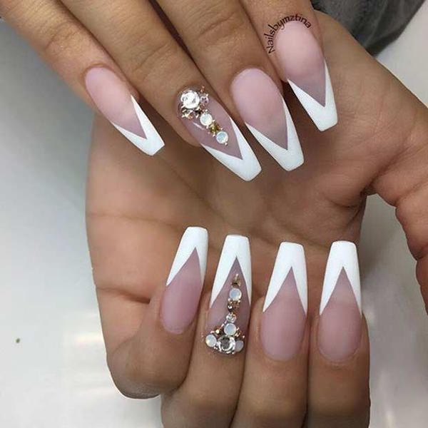 24250716-coffin-nails