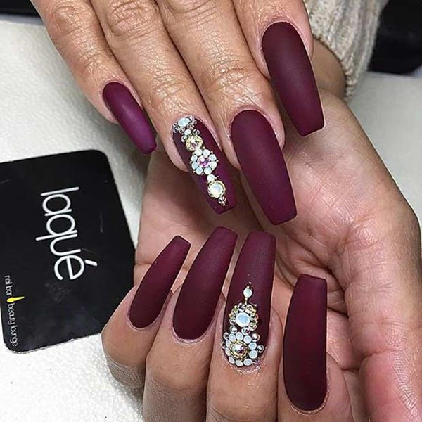 30250716 Coffin Nails