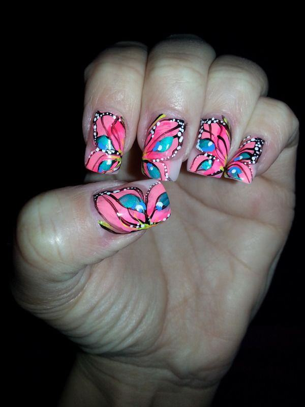 40040516-butterfly-nails