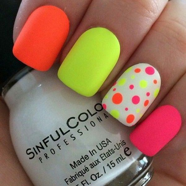 7220516-neon-nail-designs - 45 Spectacular Neon Nail Designs For 2017