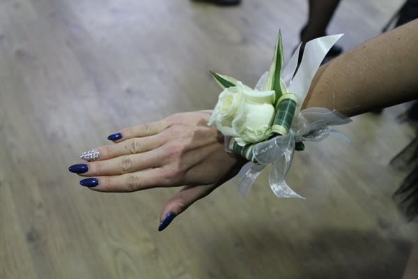 prom-nails-02071663