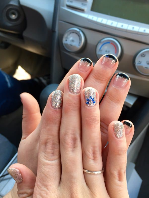 prom-nails-02071676