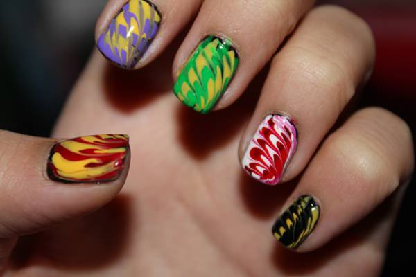 water-marble-nails-02071624