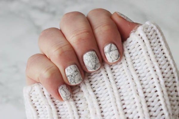 water-marble-nails-02071633