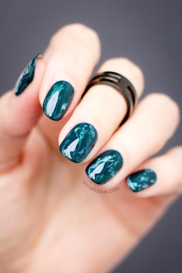 water-marble-nails-02071639