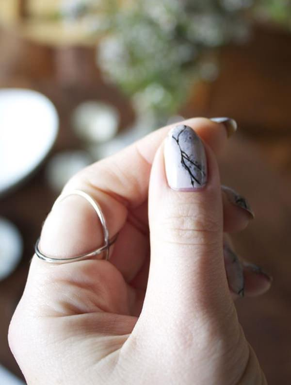 water-marble-nails-02071640