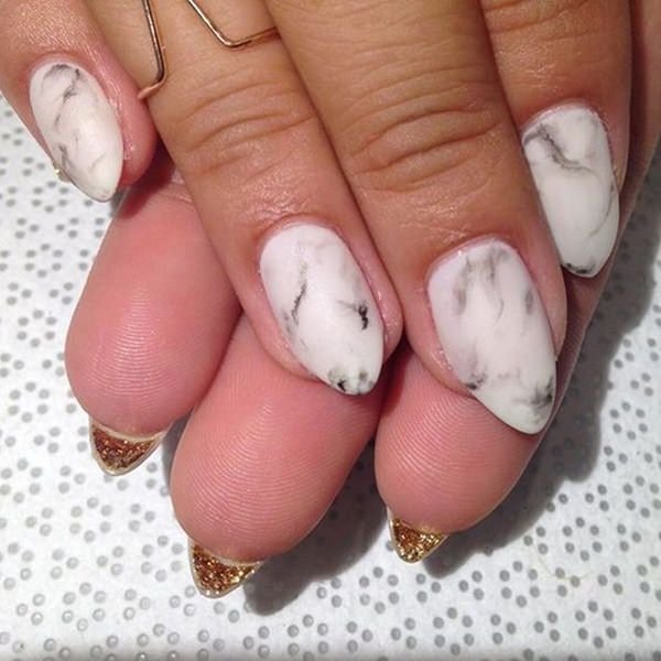 water-marble-nails-02071641