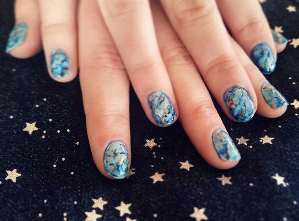 water-marble-nails-02071647