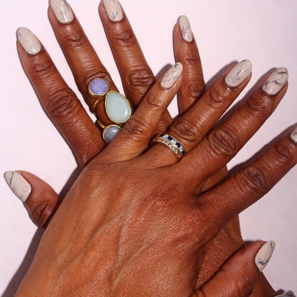 water-marble-nails-02071655