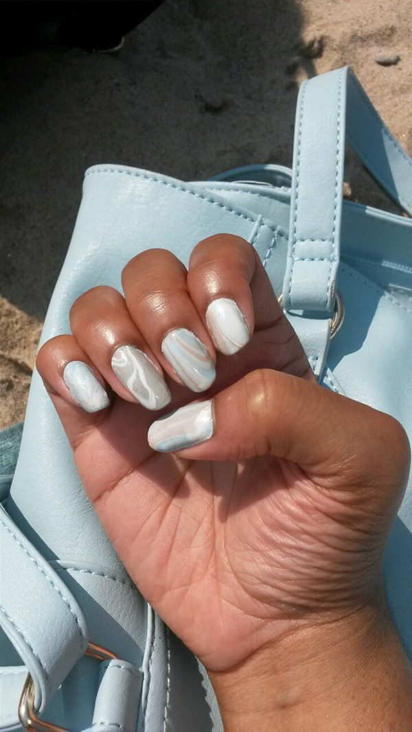 water-marble-nails-02071656