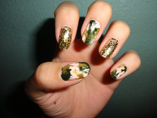 water-marble-nails-0207166