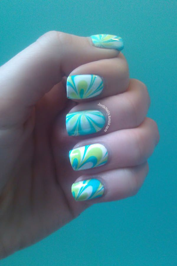water-marble-nails-0207167