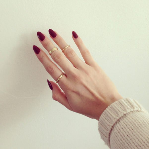 50 amazing burgundy nails you definately have to try burgundy stilettos 44110816burgundy nails prinsesfo Choice Image