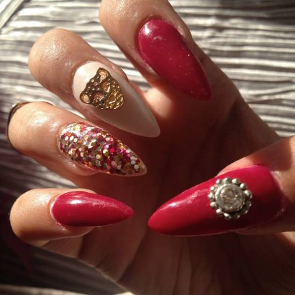 50 amazing burgundy nails you definately have to try 54110816burgundy nails prinsesfo Choice Image