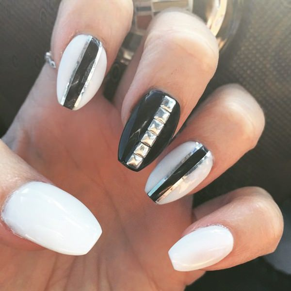 66 amazing acrylic nail designs that are totally in season right now 111050916 acrylic nails designs prinsesfo Choice Image