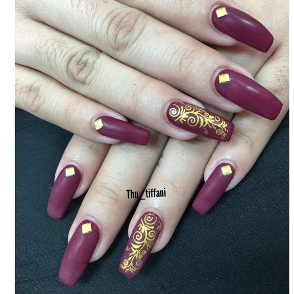 5050916-acrylic-nails-designs - 66 Amazing Acrylic Nail Designs That Are Totally In Season Right Now